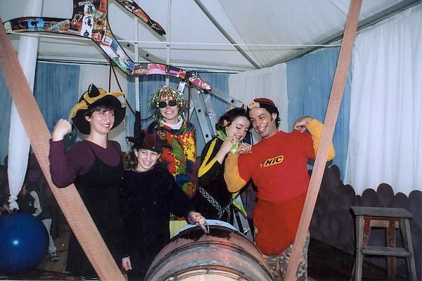 décor stand fête du millésime 2001 domaine de la tour du bon